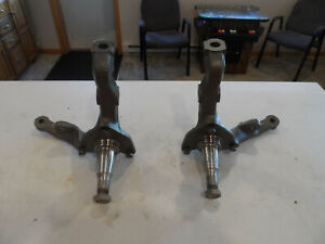 1970 70 Ford Mustang Mach 1 Mercury Cougar D0 Front Disc Brake Spindles W Bolts