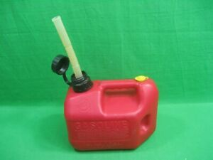 Vintage Blitz Gas Can Red Plastic 1 Gallon 4 Ounces Vented