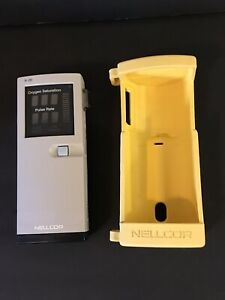 Nellcor N 20 Pulse Oximeter With Case