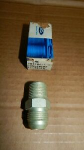 Nos 1969 1970 Ford Mustang 428scj Oil Cooler Block Adapter Fitting 383284 s100