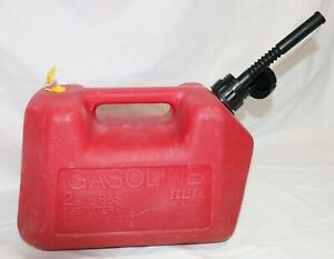 Vtg Blitz Old Style Pre Ban Vented 2 1 2 Gallon Red Poly Plastic Gas Can 11815