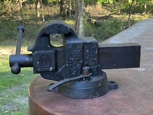 Vintage Oswego Tool Co Machinist Bench Vise 28 1 2 Local Pickup Only 08824