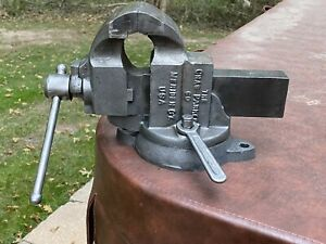Vintage Charles Parker Co 973 Machinist Bench Vise local Pickup Only 08824