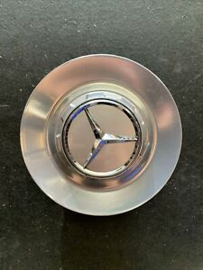 1x Used Mercedes C63 Amg W205 Center Chrome Cap Wheel Hub Cover Genuine