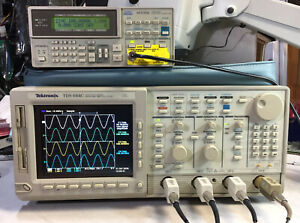 Tektronix Tds684c Digital Realtime Oscilloscope 1ghz 5gs s 13 1f 2f Lcd