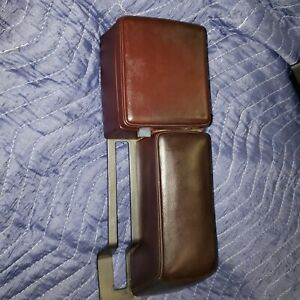 1986 Oldsmobile Cutlass Calais Console Lid Arm Rest Burgundy Maroon