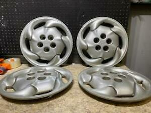 1 Set Chevrolet Cavalier Hubcaps Wheelcovers 1995 1996 14 Inch 3221 2