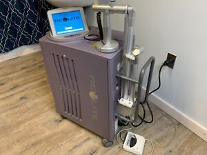 Cynosure 2008 Revlite Laser Tattoo Removal Pre owned Medical Equipment