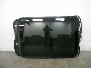 2012 11 13 14 Porsche Cayenne Turbo Panoramic Sunroof Moonroof Assembly 0513
