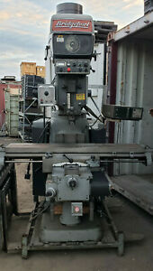 Bridgeport Series 2 4hp Vertical Mill W Lots Of 40 Taper Tooling