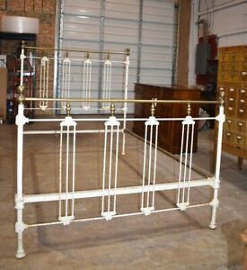 Antique White Painted Iron Brass Full Size Bed