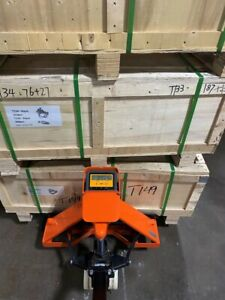 Pallet Jack With Built In Scale Manual 4400lbs Capacity 49 lx27 w Fork 5 Star