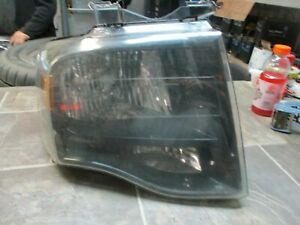 2007 2014 Ford Expedition Right Passenger Blacked Out Background Headlight Oem