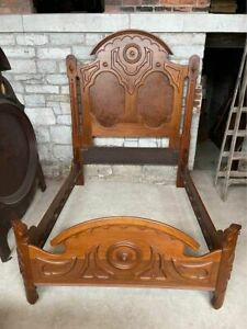 Mitchell And Rammelsberg Victorian Bed