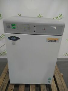 Nuaire Autoflow Nu 5510 Ir Direct Heat Co2 Incubator