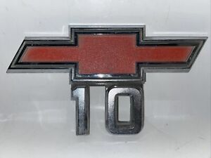 1967 1968 Chevy Truck C10 Side Fender Emblem Badge Logo Sign Oem 1967 E5 b
