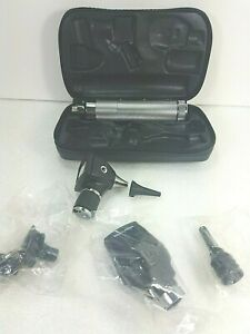 Welch Allyn diagnostic Set complete W Otoscope Ophthalmoscope Handle Case