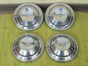 68 69 70 Chevrolet Dog Dish Hubcaps 10 1 2 Set Of 4 Chevy 1968 1969 1970 Copo