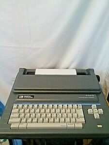 Vintage Smith Corona Portable Personal Word Processor Typewriter Pwp 3 5ds3