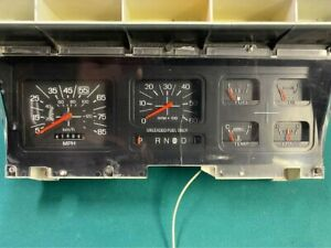 1981 To 1986 Ford F 150 F250 F350 Bronco Gauge Cluster W tach