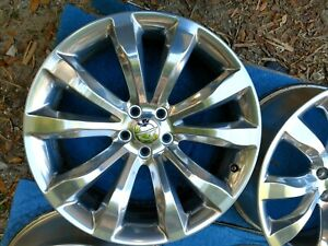 2015 Chrysler 300 Oem Wheel Rim 20x8 2540 Polished Factory Original