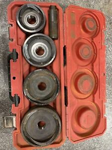 Milwaukee 49162695 2 1 2 Inch To 4 Inch Knockout Set