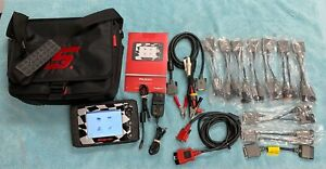 Snap on P1000 V 20 4 Scan Tool Automotive Motorcycle Scanner W Adapter Kit