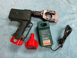 Used Greenlee Esg45gl Gator 12v Battery Powered Hydraulic Cable Wire Cutter Tool