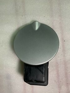 2004 2008 Chrysler Pacifica Gas Fuel Filler Door Cover Silver 04719704a Oem