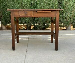 Small Antique Mission Desk From The Early 20th Century