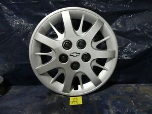 2000 To 2003 Chevy Impala 16 Silver With Chrome Emblem Hubcap Wheel Cover a
