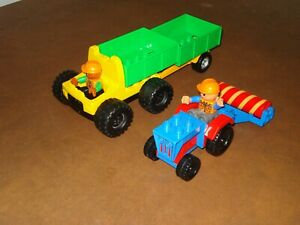 Lego Duplo Lot Of 2 Construction Vehicle Trailer Tractor With Mini Figures