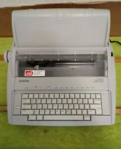 Brother Correctronic Gx 6750 Electronic Typewriter With Cover Tested Working