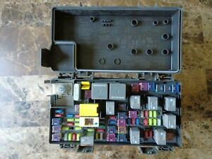 2011 Chrysler Town Amp Country Oem Tipm Fuse Box 04692335