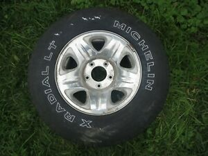 Ford Expedition Oem Wheel F150 16 255 70r16 F75a 1007 Aa With Tire 5 Spoke