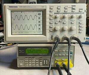Tektronix Tds220 100mhz 1gs s 2 Channel Digital Real time Oscilloscope