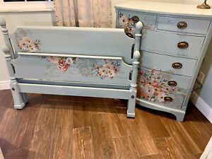 Shabby Chic Vintage Painted Poster Bed And Bowfront Dresser Antique Full Size