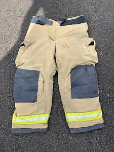 Globe Firefighter Suits Gxtreme Fire Turnout Gear Pants 42x30 Good Condition