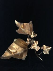 Italy Painted Gold Metal Tole Cascading Ivy Leaves Table Top Sculpture Italian