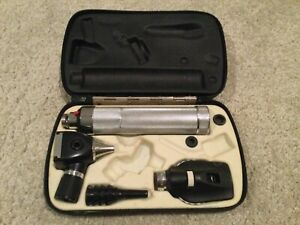 Welch Allyn Otoscope Ophthalmoscope Set Plugin Handle 3 5 Volt Good Condition