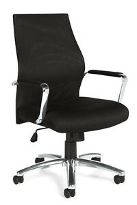 Lot Of 12 Black Mesh Conference Room Table Chairs