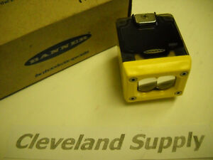 Banner Osbe Photoelectric Omni beam Sensor Head P n 27089 New Condition In Box