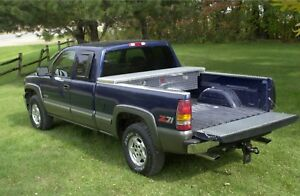 Diamond Plate Truck Tool Box 05 To Current Tacoma Short Bed