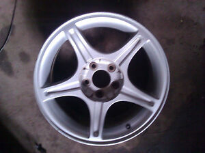 99 02 Ford Mustang 17x8 Factory Wheel 5 Spoke 5 Lug 4 1 2 560 03307b