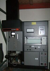 Instron 2 000 Kg Compression Load Cell Tester Machine