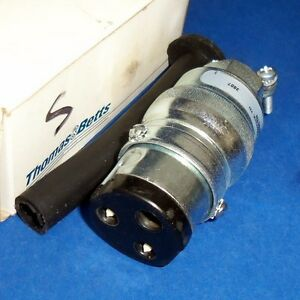 Russellstoll 20a 125v 2w 3 pin Female Ever lock Connector 8683ctn new