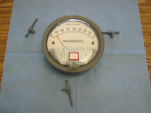 Magnehelic 2002c Pressure Guage 0 2 Inches Of Water 15 Psig Max Press w