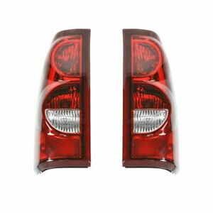Taillights Taillamps Rear Brake Lights Pair Set New For 2003 Chevy Silverado