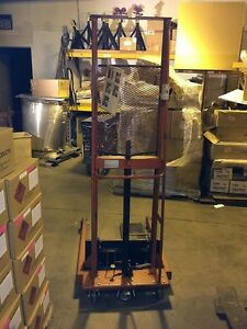 Wesco Esfl 64 30s 64 Lift X 30 Forks Manual Hydraulic Straddle Stacker