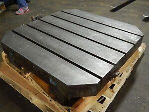 Makino Cnc Horizontal T slotted Pallet Table